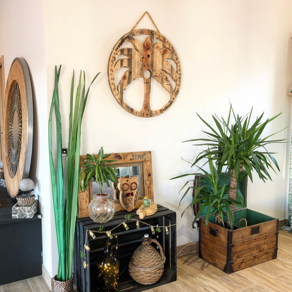 Décorer Un Touret En Bois palmier collier mural